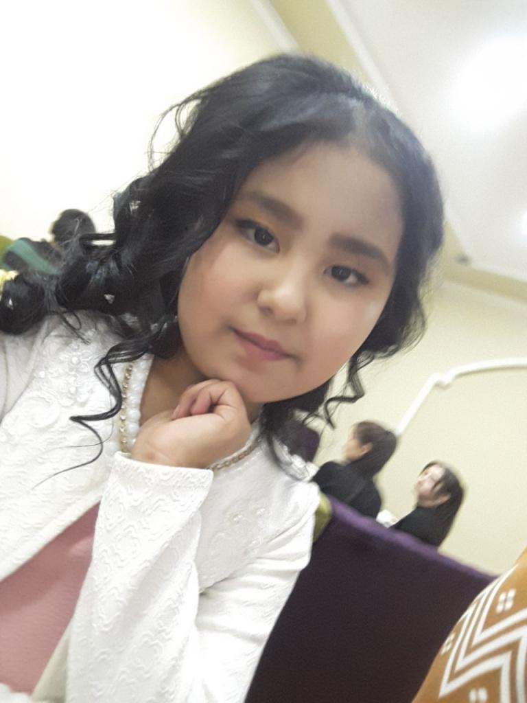 photo5460718946413030379.jpg