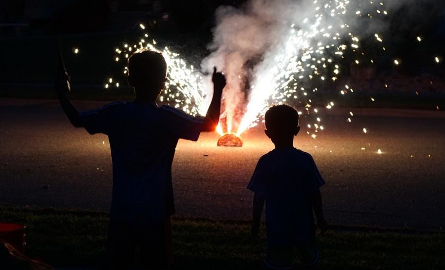 fireworks-1000.jpg
